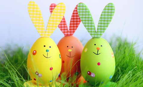 Easter-rabbit-eggs.jpg